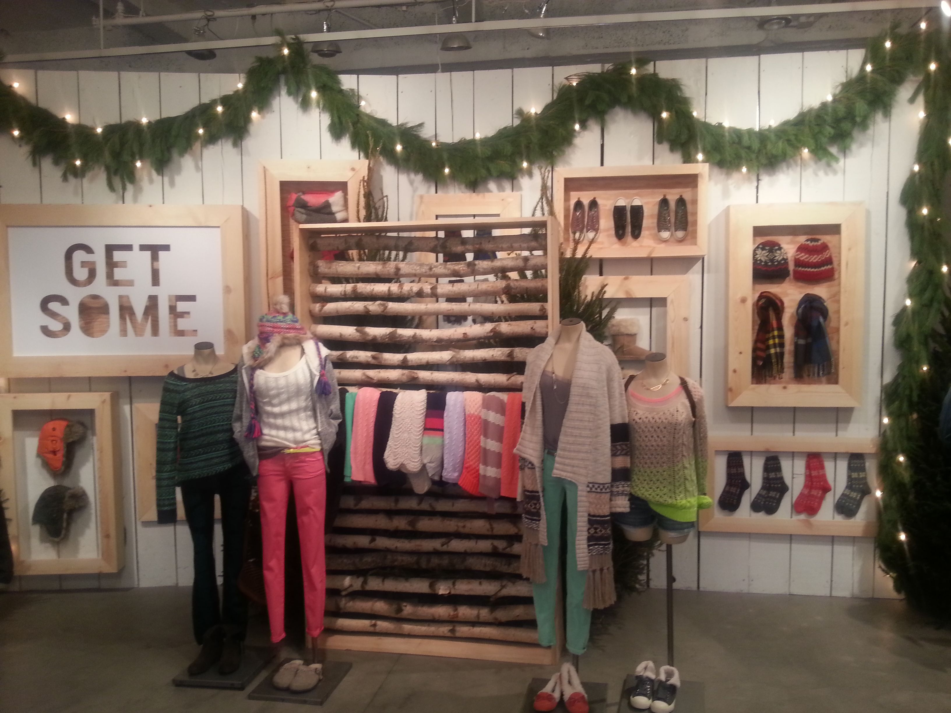 Boosting Holiday Sales with Merchandising